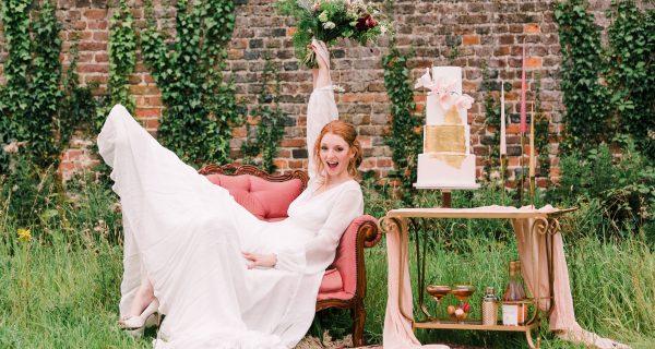 Wedding cake styling Big Green Space by Wedding Photographer